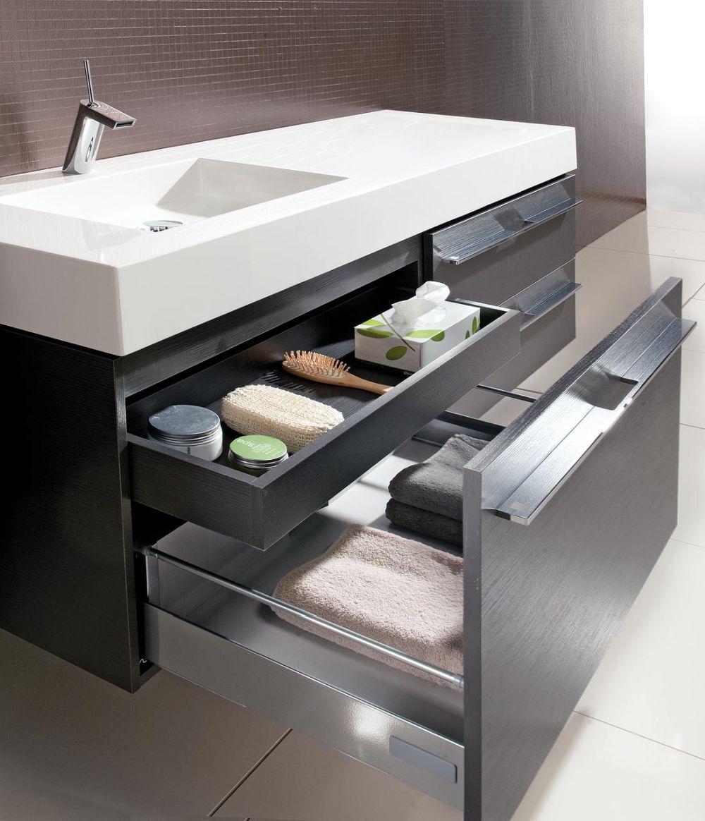 Compartimentare mobilă de baie model Leonardo, disponibil prin Kika
