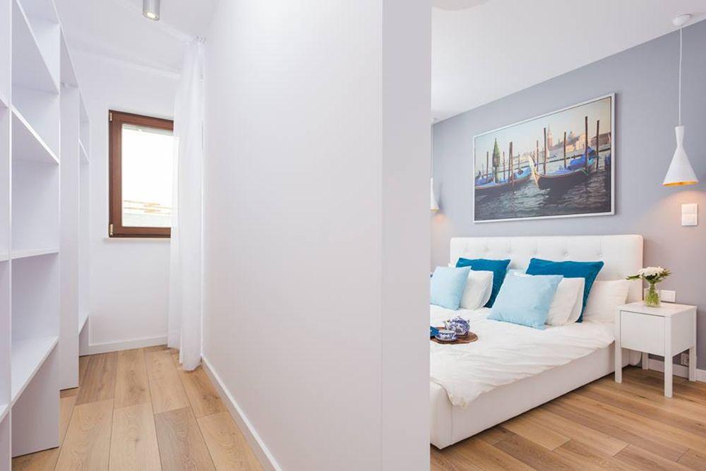 adelaparvu.com despre apartament 55 mp cu loc tv in centrul livingului, Design interior Justyna Lewicka Design (5)