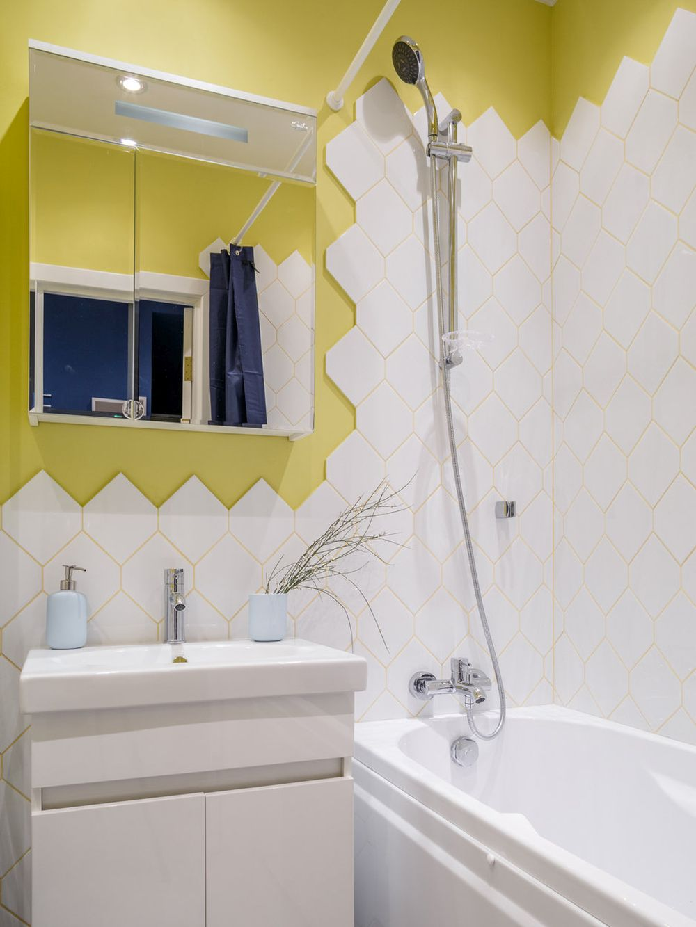 adelaparvu.com despre apartament de 2 camere in 40 mp, design Marina Novikova si Olga Ljubis, Foto Mikhail Loskutov (3)