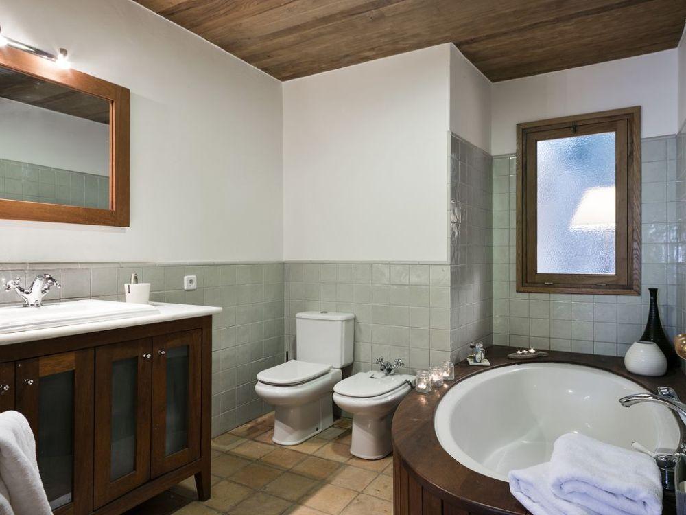 adelaparvu.com despre casa de vacanta de inchiriat, casa Spania, Foto Homeaway (10)