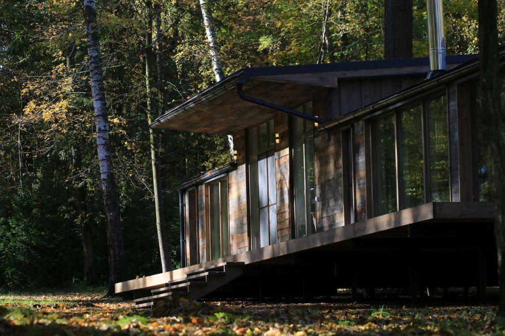adelaparvu.com despre casa din lemn construita in 10 zile, 110 mp, arhitectura Bio Architects, constructie DublDom (11)
