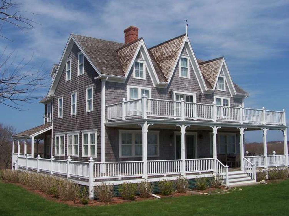 adelaparvu.com despre casa din lemn cu interior in stil marin, SUA, foto Dennis Moffitt Painting (1)