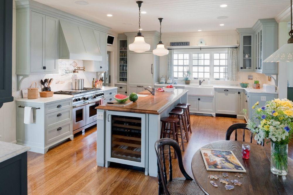 adelaparvu.com despre casa din lemn cu interior in stil marin, SUA, foto Dennis Moffitt Painting (15)