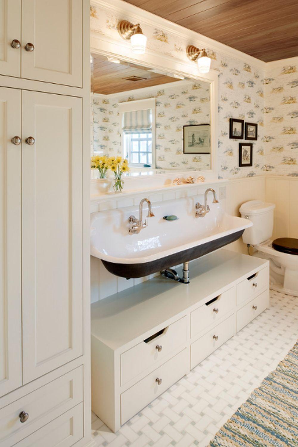 adelaparvu.com despre casa din lemn cu interior in stil marin, SUA, foto Dennis Moffitt Painting (2)