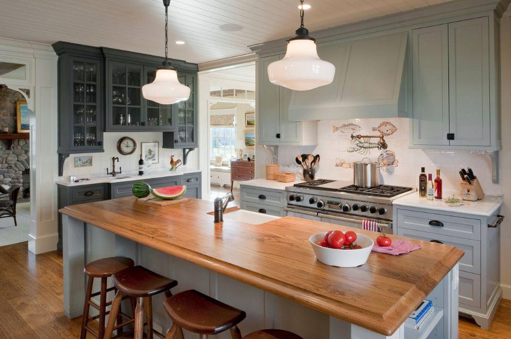 adelaparvu.com despre casa din lemn cu interior in stil marin, SUA, foto Dennis Moffitt Painting (3)
