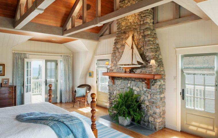 adelaparvu.com despre casa din lemn cu interior in stil marin, SUA, foto Dennis Moffitt Painting (9)