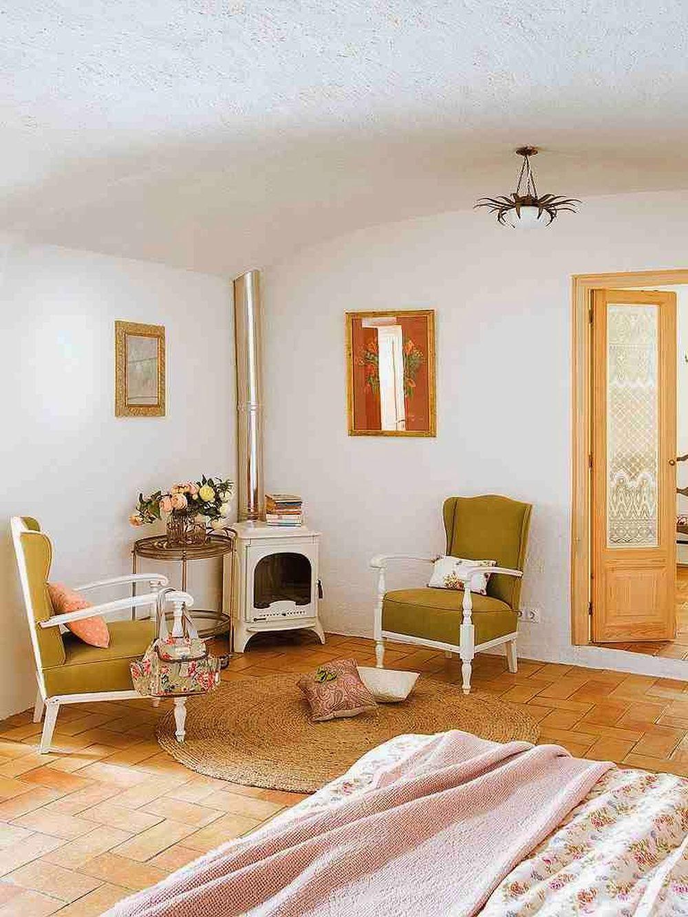 adelaparvu.com despre casa rustica cu pereti si plafoane albe, designer Josep Curanta, Foto MiCasa (13)