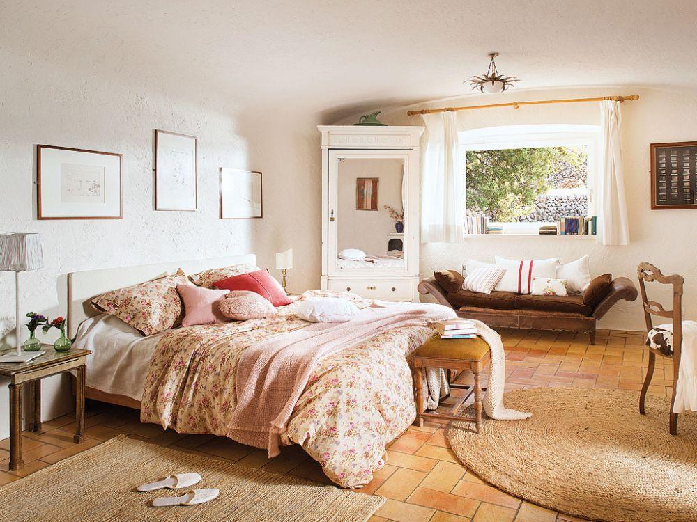 adelaparvu.com despre casa rustica cu pereti si plafoane albe, designer Josep Curanta, Foto MiCasa (8)