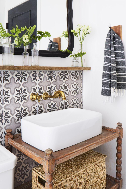 adelaparvu.com despre casa rustica renovata in alb, design Jenna Diermann, Foto Annie Schlechter (4)