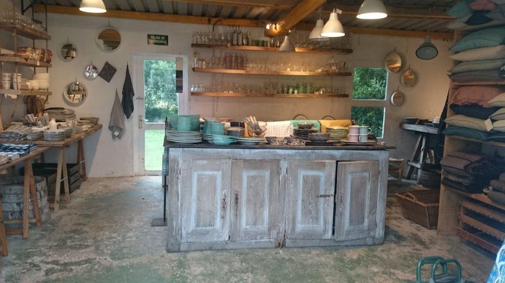 adelaparvu.com despre casa showroom in Cantabria, designer Federica Barbaranelli (10)