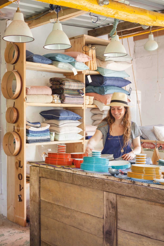 adelaparvu.com despre casa showroom in Cantabria, designer Federica Barbaranelli (23)
