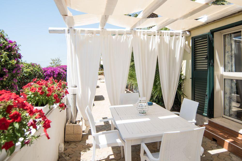 adelaparvu.com despre paravane pe balcon, solutii pentru intimitate (20)