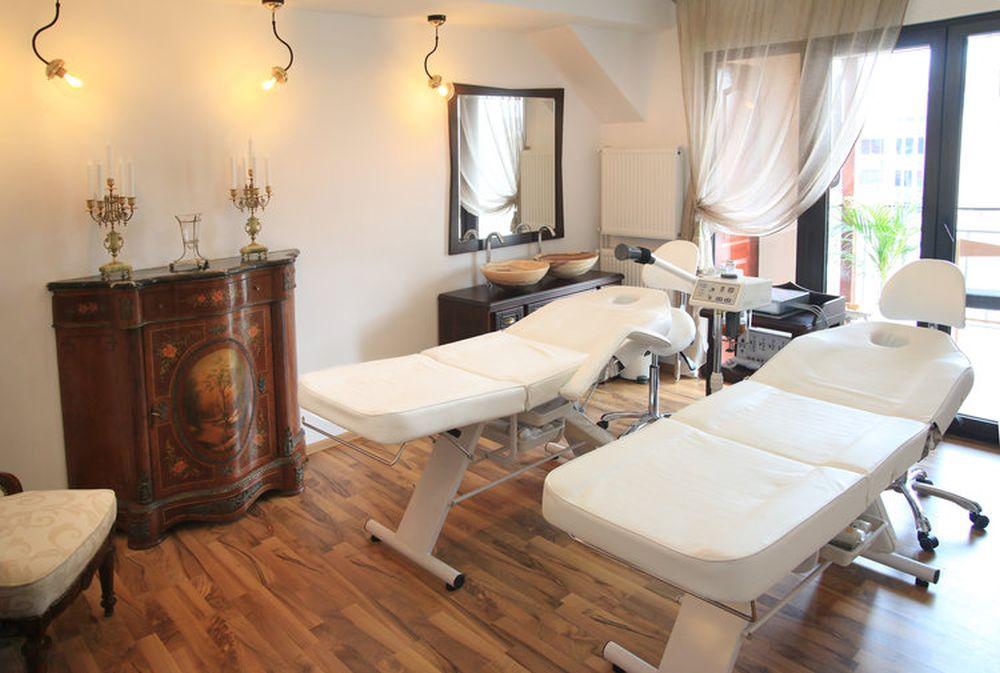 adelaparvu.com despre salon de cosmetica Elena Miron Estet Studio, designer Marinela Filip (29)