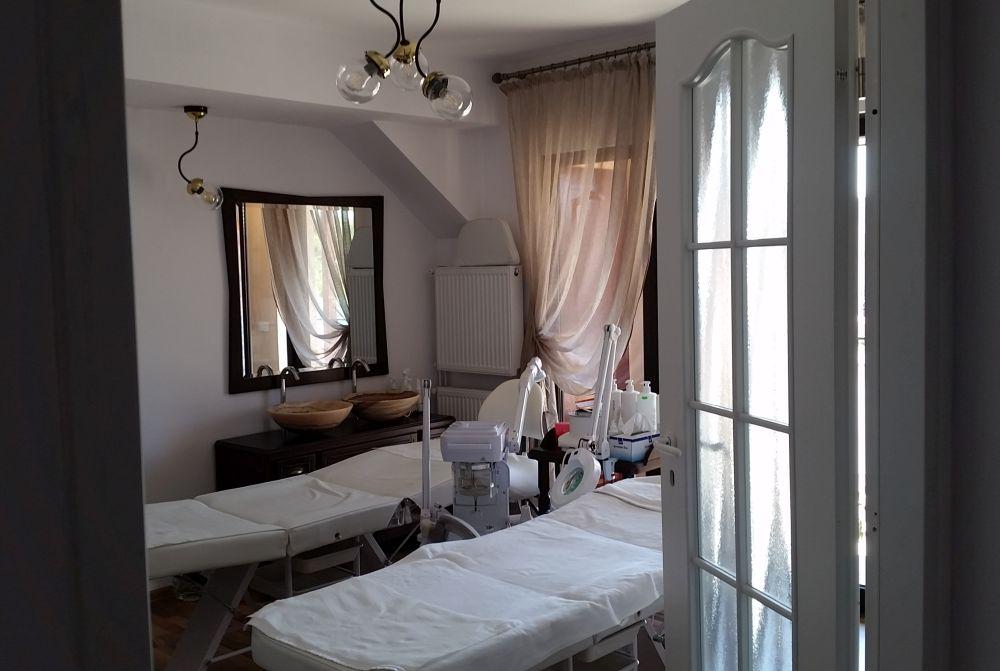 adelaparvu.com despre salon de cosmetica Elena Miron Estet Studio, designer Marinela Filip (6)