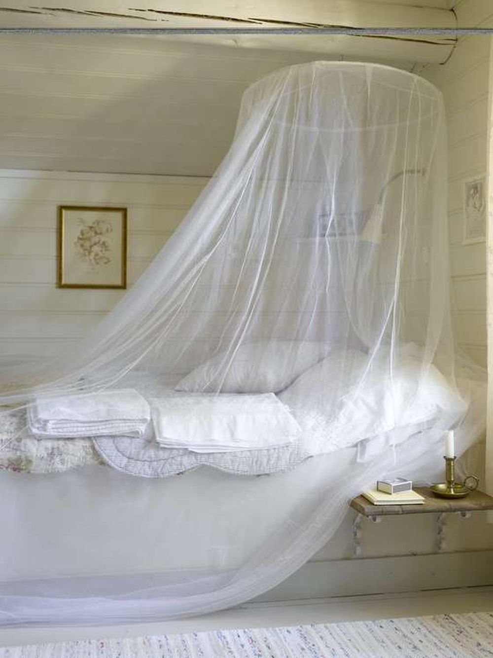 adelaparvu.com despre cabana in padure cu interior romantic, Foto Erik Jæger (9)