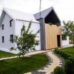 adelaparvu.com despre renovarea casei familie Motrogan, ep 2, sez 4 Visuri la cheie, Fatada 3 (5)