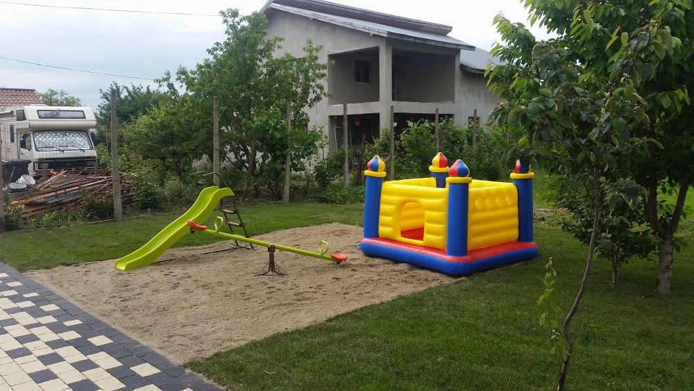 adelaparvu.com despre renovarea casei familie Motrogan, ep 2, sez 4 Visuri la cheie, foto echipa si familia (16)