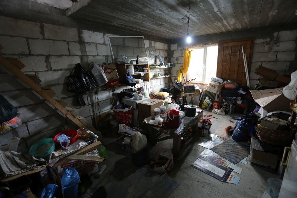 adelaparvu.com despre renovarea casei familie Motrogan, ep 2, sez 4 Visuri la cheie, living inceput, Foto Razvan Lupica
