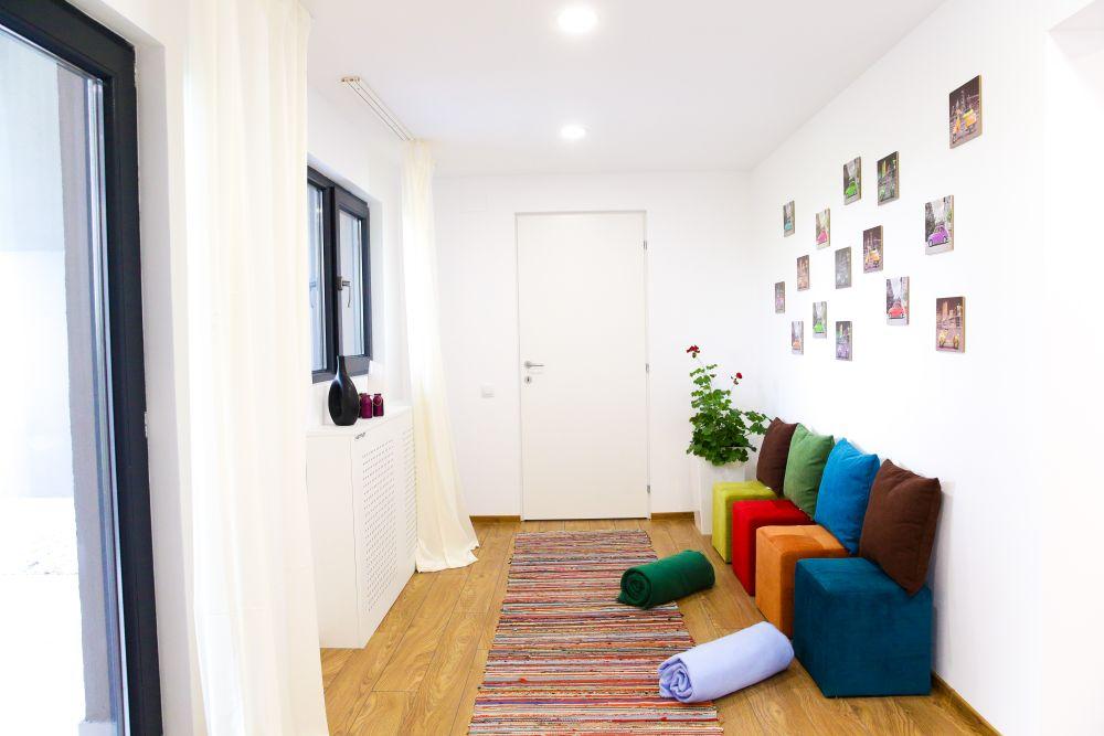 adelaparvu.com despre renovarea casei familiei Motrogan, Urziceni, ep 2, sez 4 Visuri la cheie, dormitor mansarda, Foto Razvan Lupica (5)