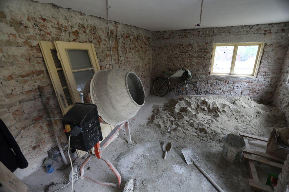 adelaparvu.com despre renovarea casei familiei Serbana din Nedelea, episodul 1, sezonul 4, Visuri la cheie, Foto ProTv Razvan Lupica (32)