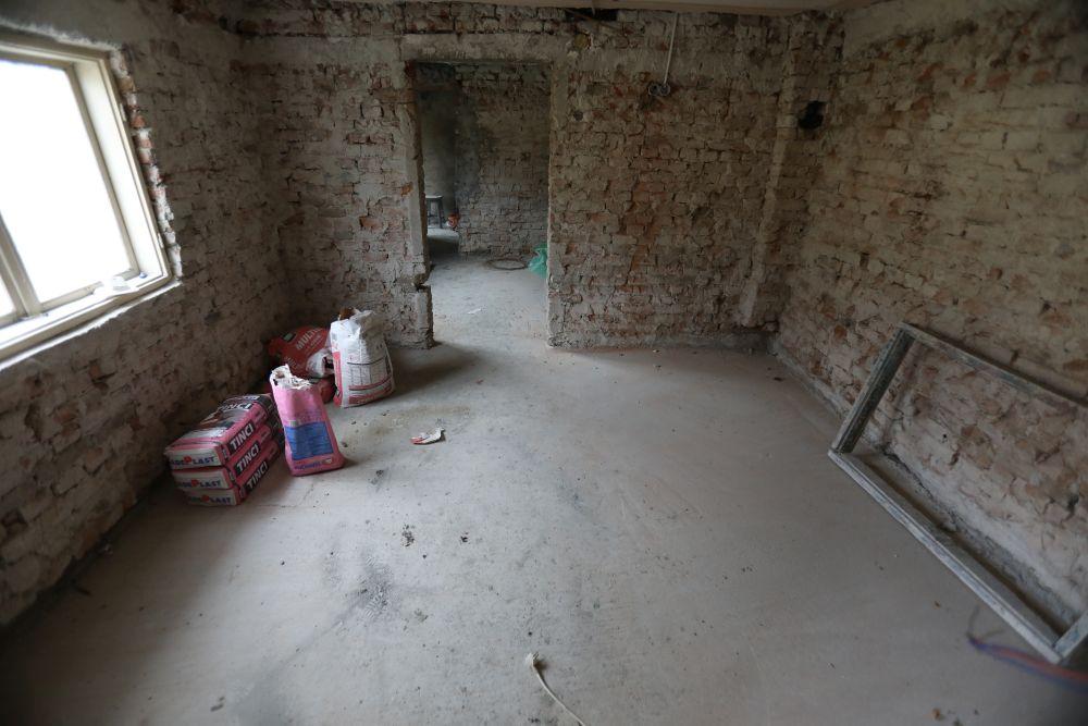 adelaparvu.com despre renovarea casei familiei Serbana din Nedelea, episodul 1, sezonul 4, Visuri la cheie, Foto ProTv Razvan Lupica (33)