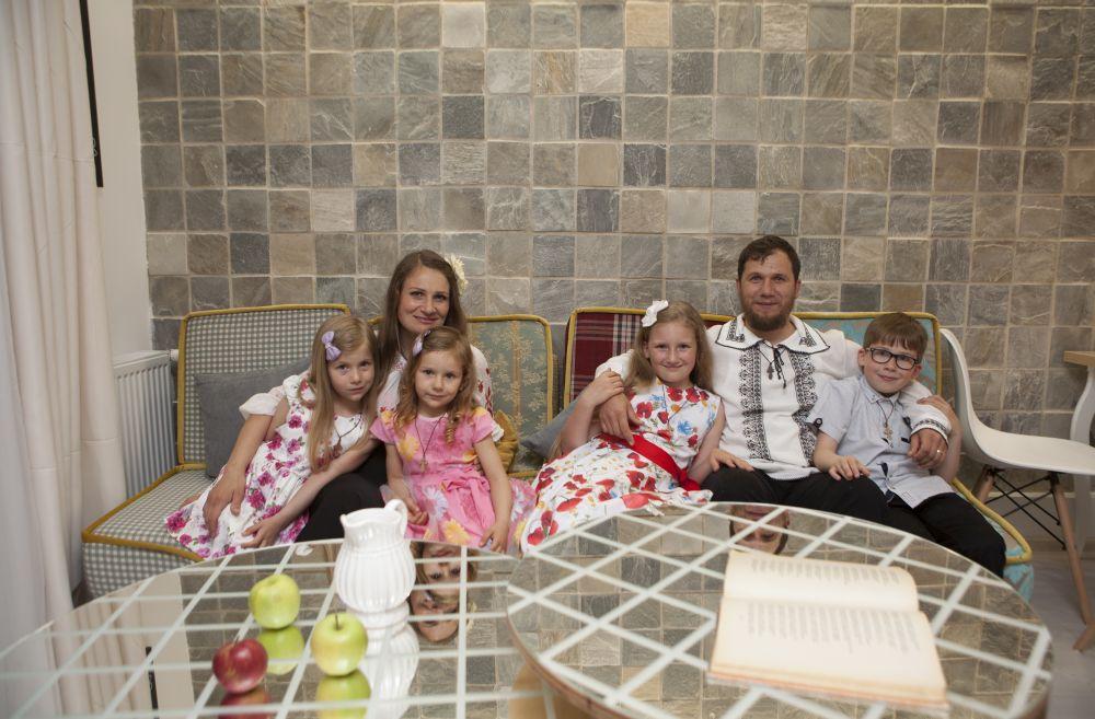adelaparvu.com despre renovarea casei familiei Serbana din Nedelea, episodul 1, sezonul 4, Visuri la cheie, Foto Zucchero Media (13)