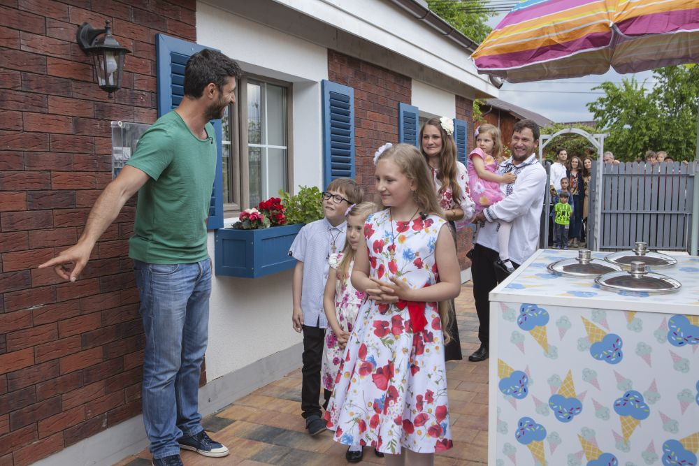 adelaparvu.com despre renovarea casei familiei Serbana din Nedelea, episodul 1, sezonul 4, Visuri la cheie, Foto Zucchero Media (3)