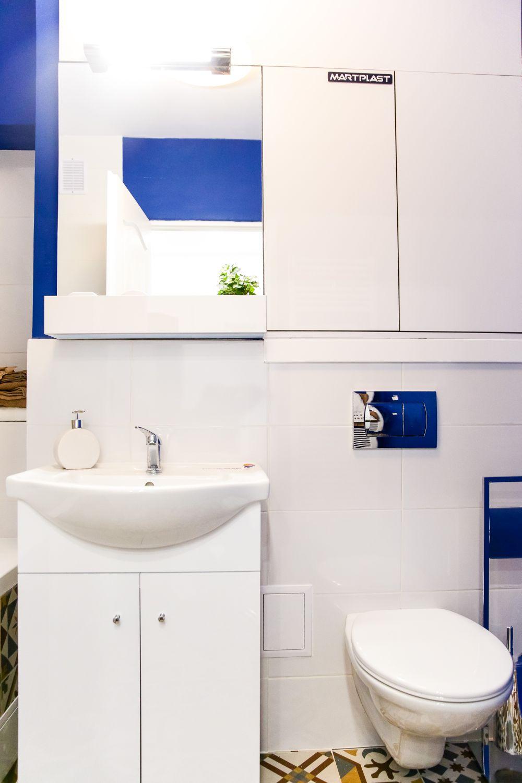 adelaparvu.com despre renovarea apartamentului familiei Jitaru din Campina, episodul 7, sezonul 4, Visuri la cheie, baia