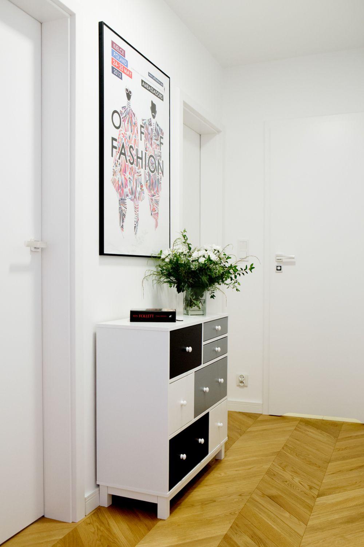 adelaparvu.com despre apartament 60 mp, Polonia, Designer Pawel Liszewski, Foto Tomasz Suszczynski, hol (2)