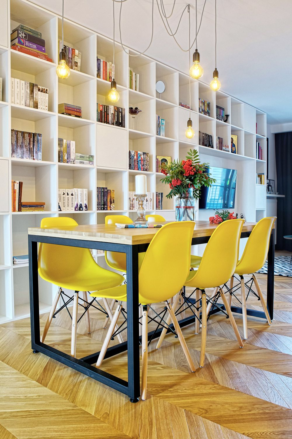 adelaparvu.com despre apartament 60 mp, Polonia, Designer Pawel Liszewski, Foto Tomasz Suszczynski, sufragerie (4)