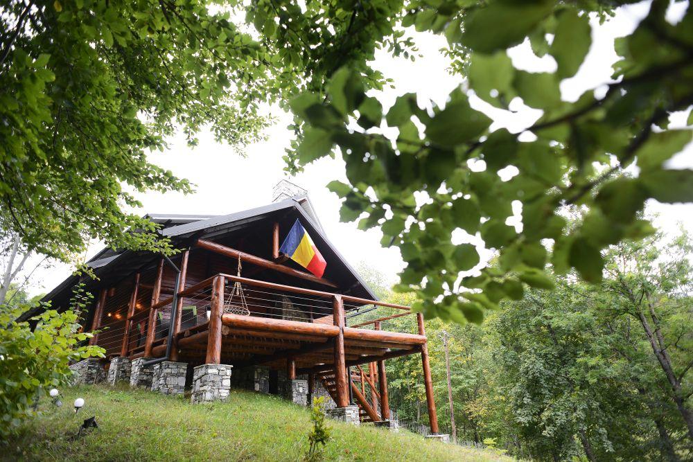 adelaparvu.com despre cabana de unte, Valea Doftana, Cabana Sub Bai, Foto Corneliu David (12)