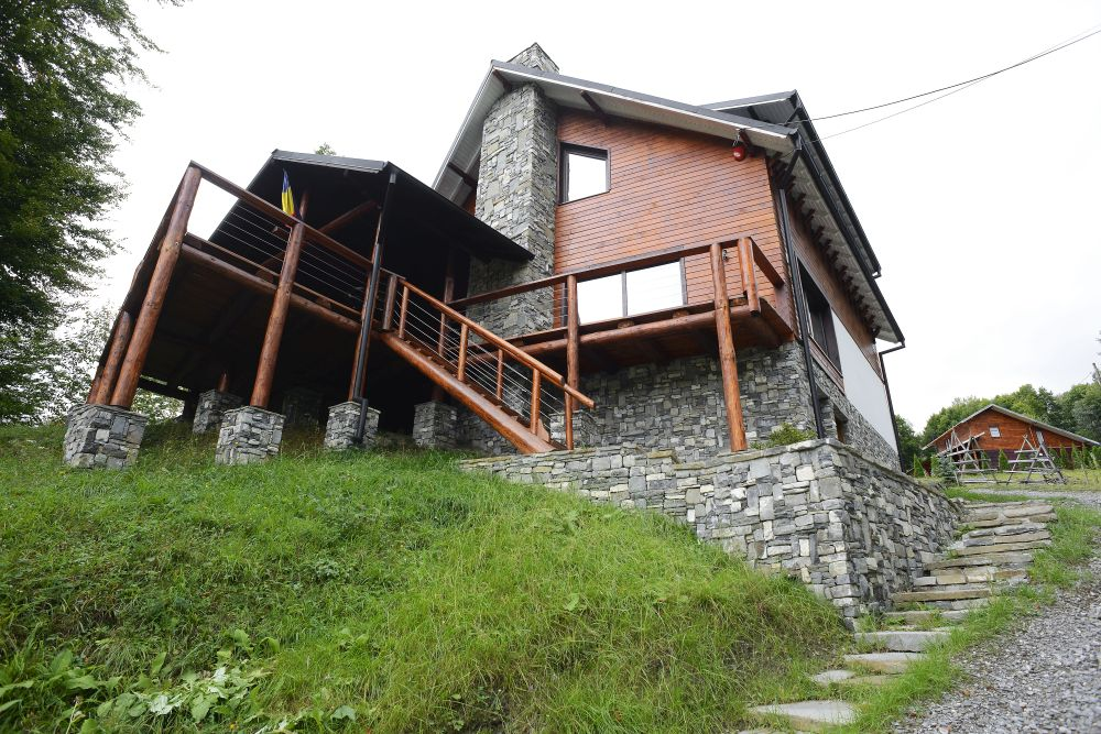 adelaparvu.com despre cabana de unte, Valea Doftana, Cabana Sub Bai, Foto Corneliu David (13)