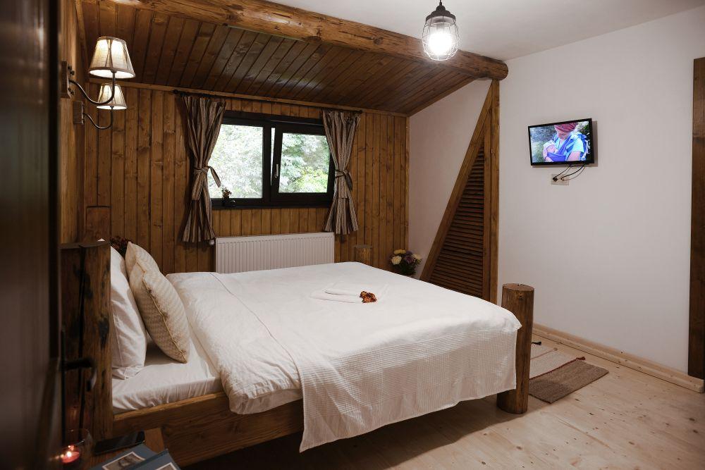adelaparvu.com despre cabana de unte, Valea Doftana, Cabana Sub Bai, Foto Corneliu David (41)