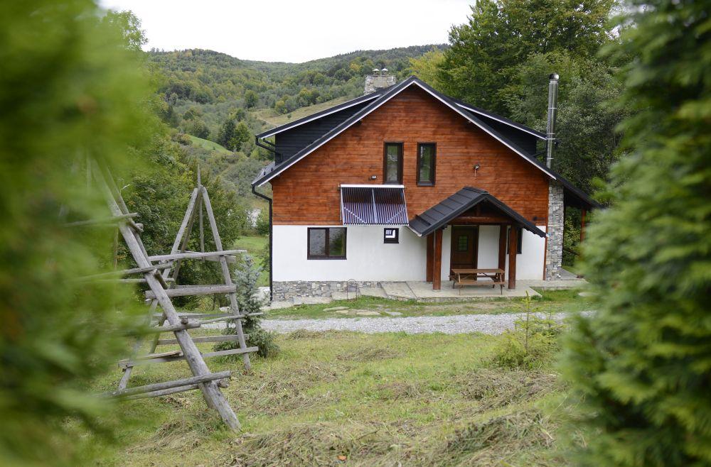 adelaparvu.com despre cabana de unte, Valea Doftana, Cabana Sub Bai, Foto Corneliu David (6)