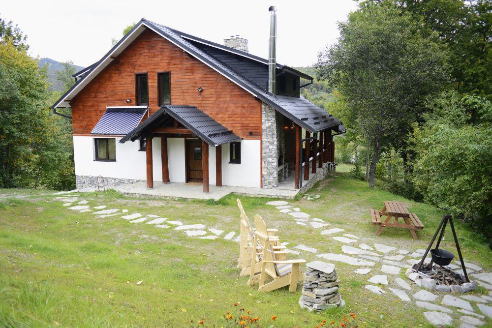 adelaparvu.com despre cabana de unte, Valea Doftana, Cabana Sub Bai, Foto Corneliu David (7)