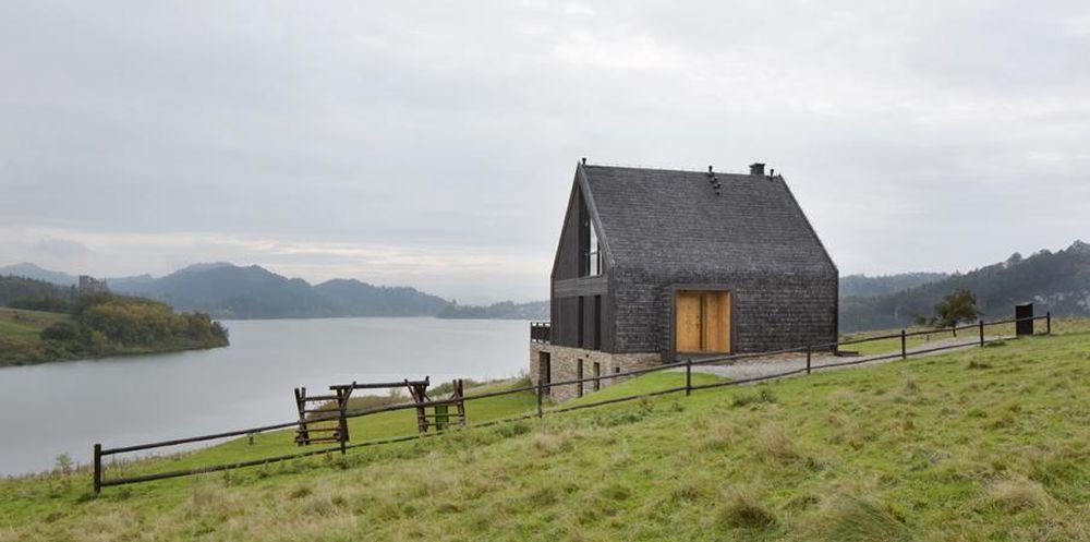 adelaparvu.com despre casa contemporana inspirata de arhitectura traditionala, Design Hola Design Studio, arhitectura Exterior, Foto Yassen Hristov (15)