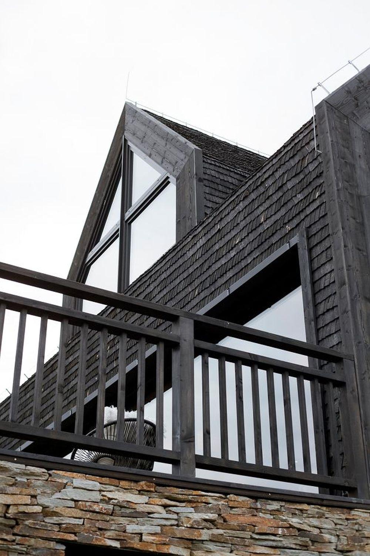 adelaparvu.com despre casa contemporana inspirata de arhitectura traditionala, Design Hola Design Studio, arhitectura Exterior, Foto Yassen Hristov (29)
