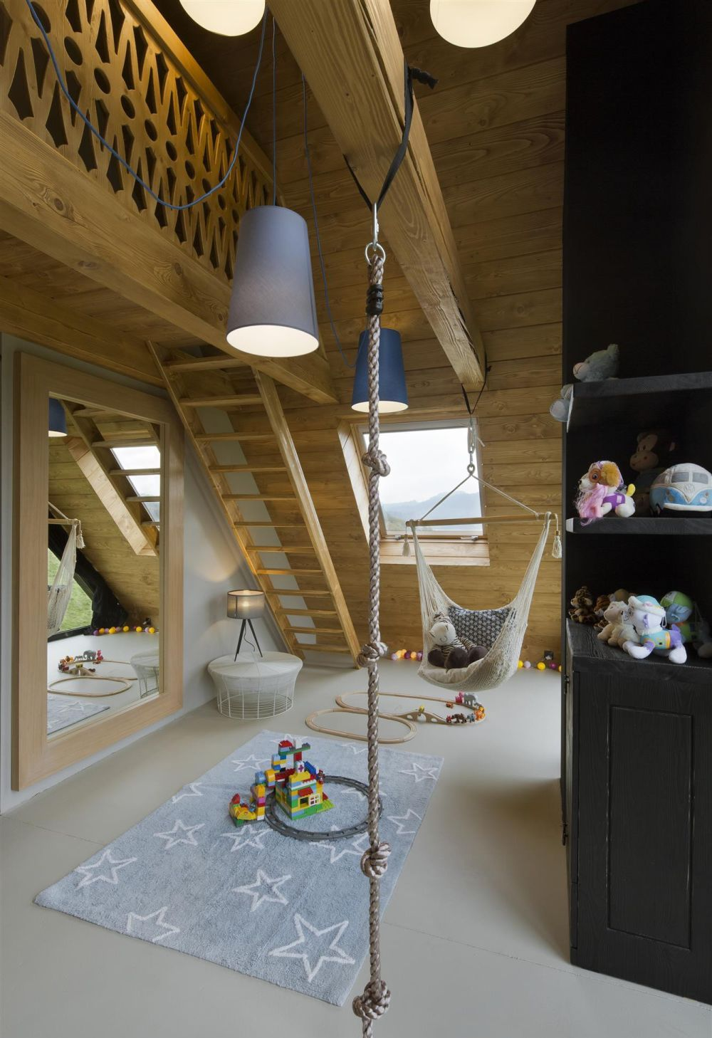 adelaparvu.com despre casa contemporana inspirata de arhitectura traditionala, Design Hola Design Studio, arhitectura Exterior, Foto Yassen Hristov (9)