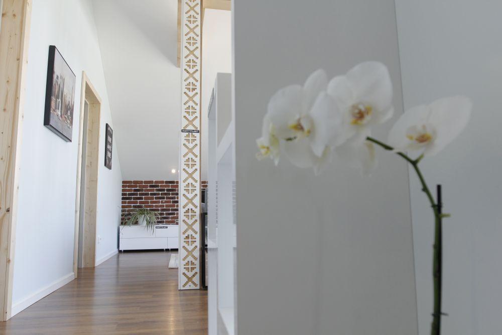 adelaparvu.com despre casa familiei Marinoiu, episodul 6, sezonul 4, Visuri la cheie, Foto ProTV, casa scarii (3)