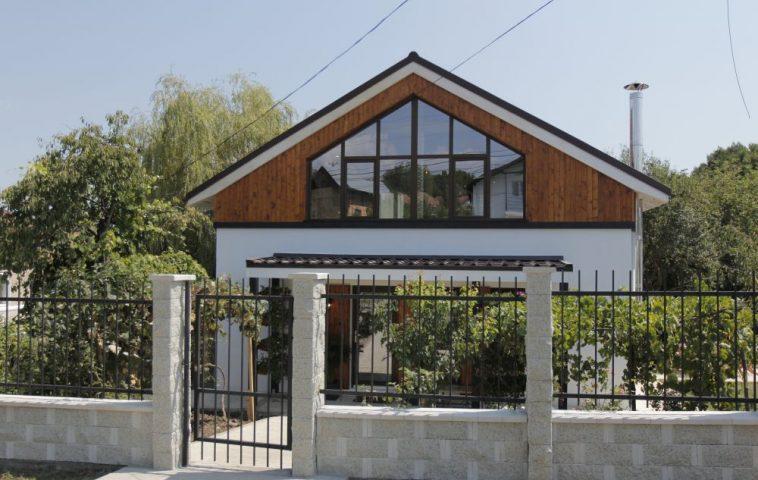 adelaparvu.com despre casa familiei Marinoiu, episodul 6, sezonul 4, Visuri la cheie, Foto ProTV, exterior (1)