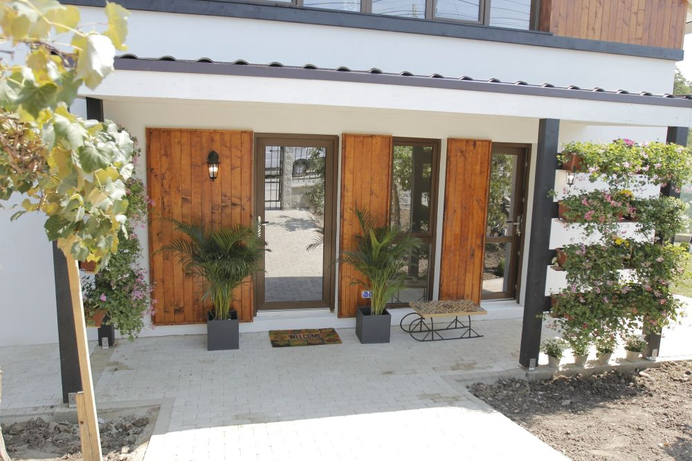 adelaparvu.com despre casa familiei Marinoiu, episodul 6, sezonul 4, Visuri la cheie, Foto ProTV, exterior (6)