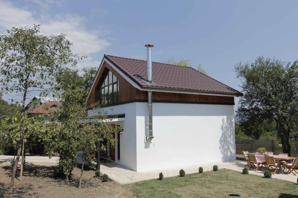 adelaparvu.com despre casa familiei Marinoiu, episodul 6, sezonul 4, Visuri la cheie, Foto ProTV, exterior (9)
