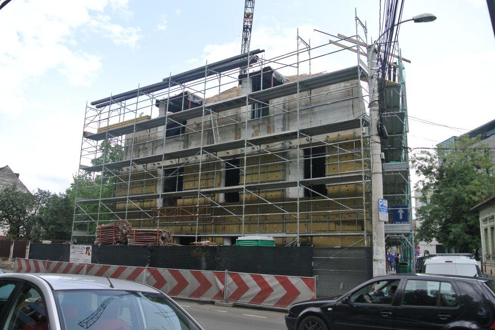 adelaparvu.com despre clinica de dermatologie construita cu blocuri Macon, proiect arh. Vlad Rusu Foto Macon (3)