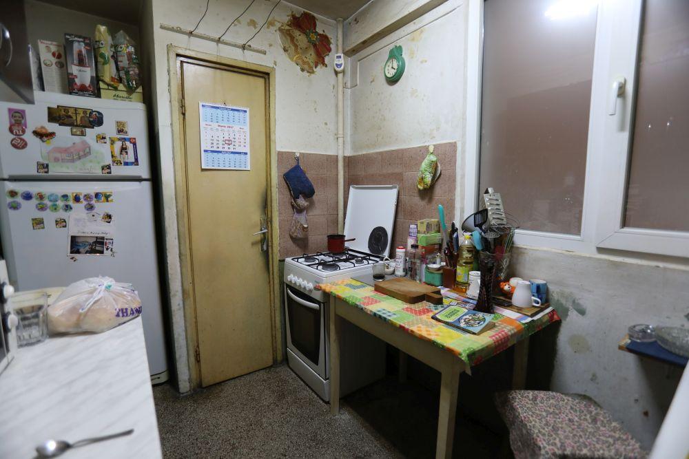 adelaparvu.com despre foto inainte de renovarea apartamentului familiei Costache din Bucuresti, episodul 4, sezonul 4 Visuri la cheie (7)