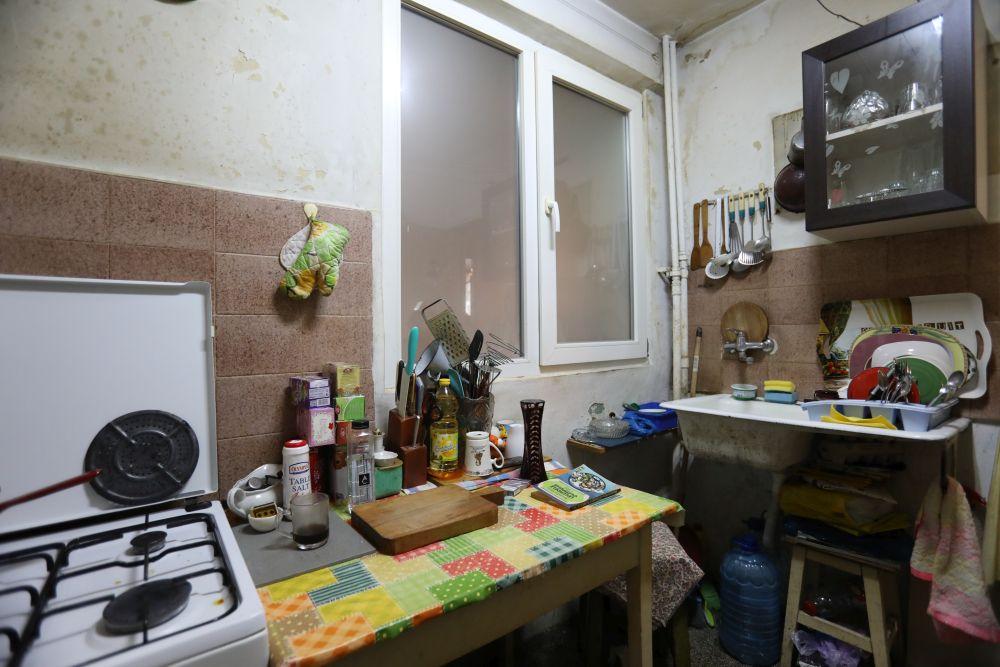 adelaparvu.com despre foto inainte de renovarea apartamentului familiei Costache din Bucuresti, episodul 4, sezonul 4 Visuri la cheie (8)