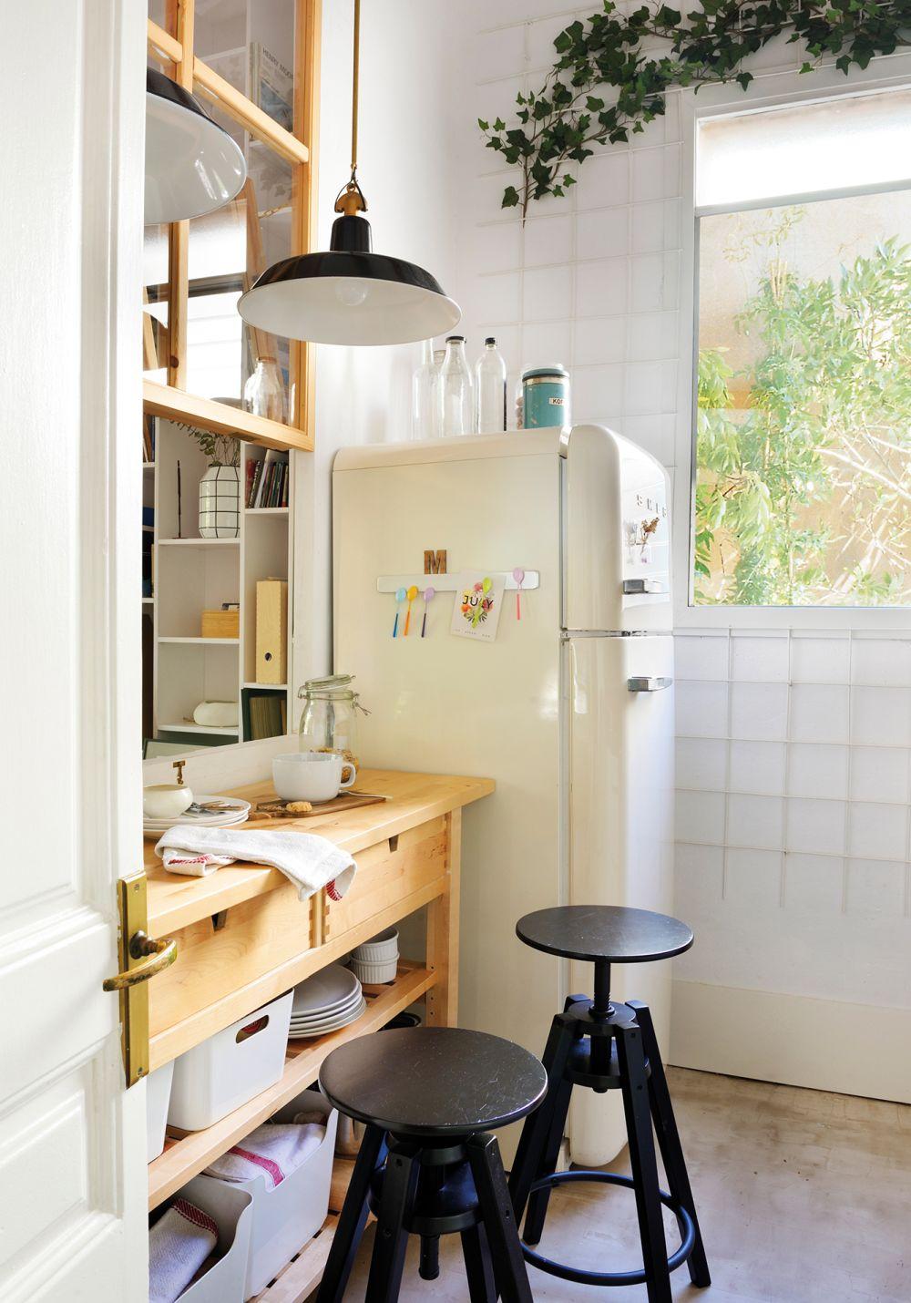 adelaparvu.com despre idei pentru locul de masa in bucatarii mici, Foto ElMueble (1)