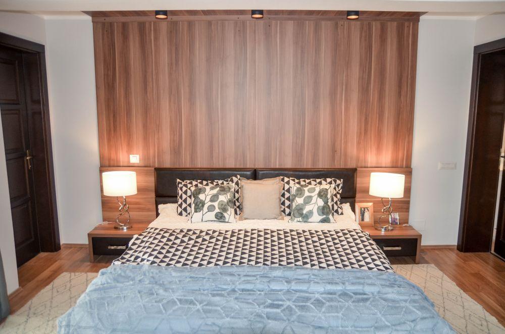 adelaparvu.com despre reamenajare casa Oradea, premiul Kaufland Traieste Fresh, design Ara Design Studio, dormitor matrimonial (5)
