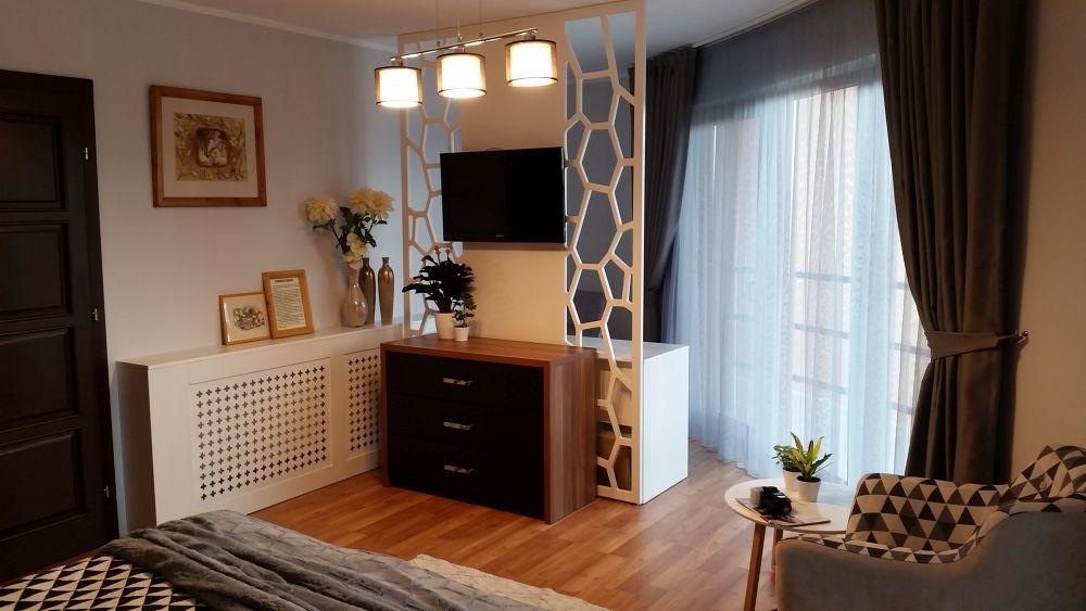 adelaparvu.com despre reamenajare casa Oradea, premiul Kaufland Traieste Fresh, design Ara Design Studio, dormitor matrimonial (6)