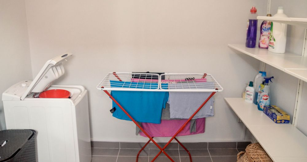 adelaparvu.com despre reamenajare casa Oradea, premiul Kaufland Traieste Fresh, design Ara Design Studio, spalatorie (3)