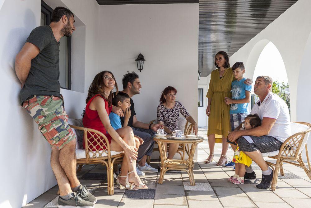 Momentul când am aflat și noi, echipa creativă, părerea familiei despre cum le-a plăcut interiorul casei.